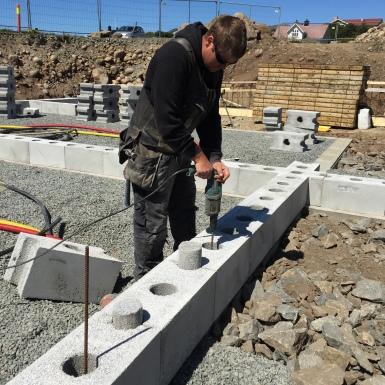 Building method - Steel reinforced concrete